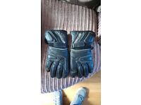 Leather motorcycle gloves, size medium.
