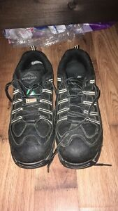 Steel toe work shoes for sale