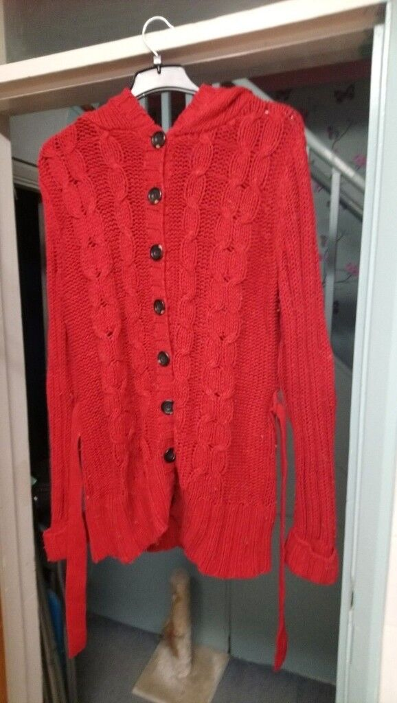 e434c03cccb H M SIZE 12 KNITTED WOOLLY JUMPER RED GOOD CONDITION ...