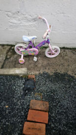 List Of Kids Boys and Girls Bicycles all working £15 pounds per bike