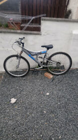 Lovely mens bike irn bru bike good condition just serviced 2 new tyres £50