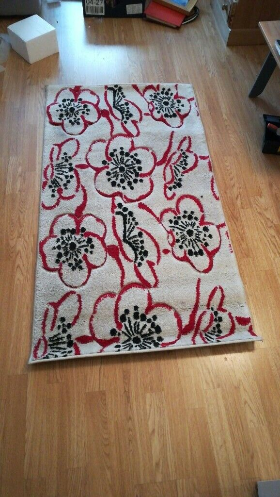 Flower Design White Red Black Floor Rug In London Gumtree