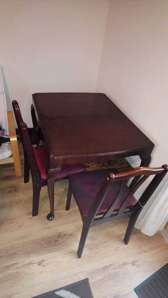 Extending dining table and chairs - DORNOCH