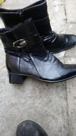 Brand new womens black size 6 ankle boots