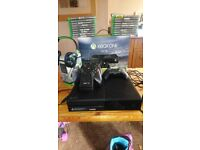 Xbox one 19 games turtle headset 3controllers docking Station