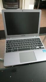 Bargain Samsung X550c i5 Chromebook 4gb Ram 32gb SSD Webcam Card Reader etc