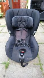 Maxi-Cosi Axiss Swiveling Toddler Car Seat, Reclining, 9 Months - 4 Years, 9 - 18 kg,