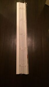 Good quality window blinds in excellent condition