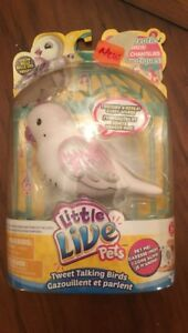 Little Live Pets Snow Belle New but with Damaged Packaging
