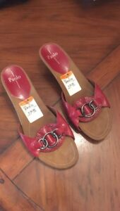 Linea Paolo Low Wedge Sandals Display Model Size 13