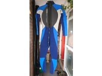 WETSUIT GUL INTERNATIONAL CHARGE T2 SIZE 2XL--130cm LENTH MAYBE YOUTH SIZE ??,VERY GOOD