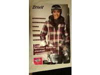 Selling a NEW Lady's Ski Jacket