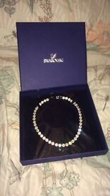 Beautiful Swarovski necklace it is 38cm never been worn brand new still in the box