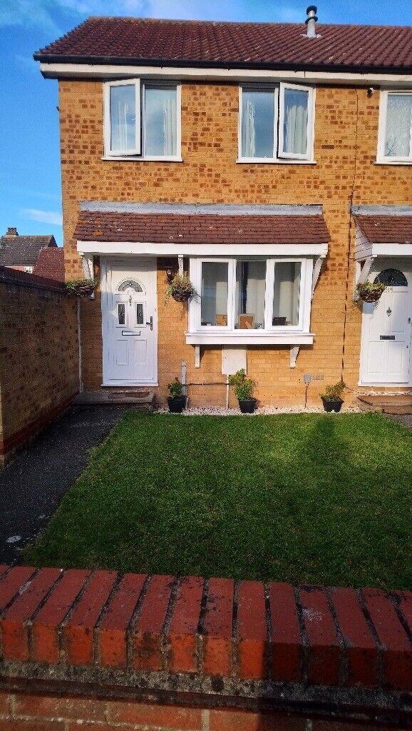Lovely 2 bedroom house for rent | in Highwoods, Essex ...