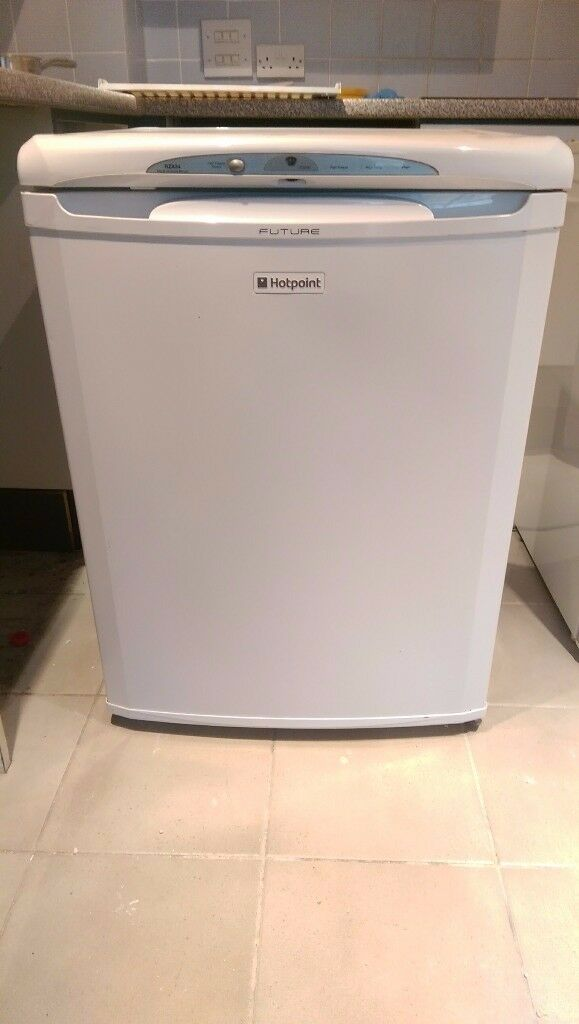 Under counter Hotpoint freezer. Great condition and priced for a quick sale.