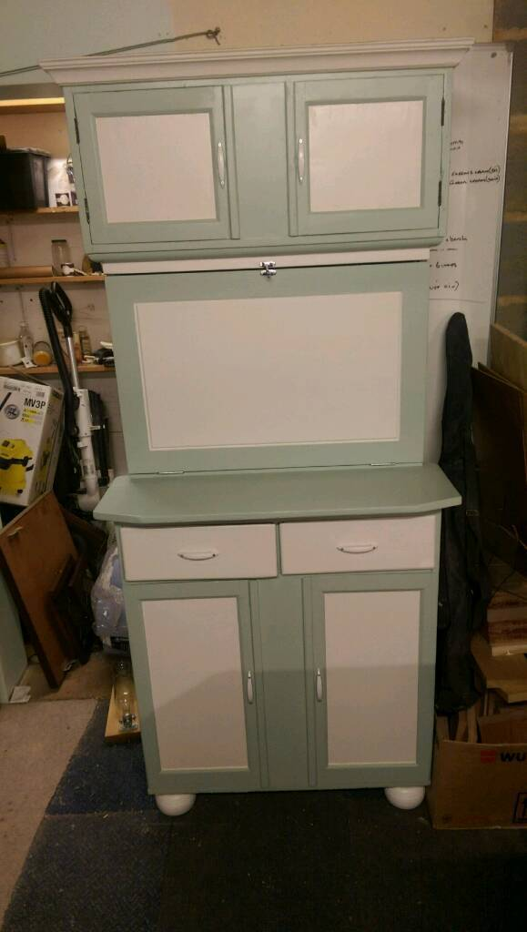 Vintage kitchen cabinet in fareham hampshire gumtree for Kitchen cabinets gumtree