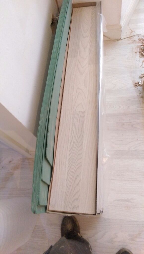 Whitewash Oak B And Q Laminate Flooring In Tonypandy Rhondda