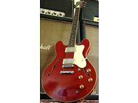 Tanglewood Memphis AS35 Guitar.