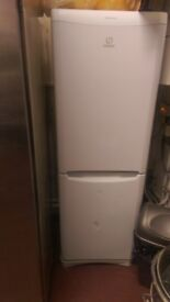 Indesit fridge freezer Frost free full working condition