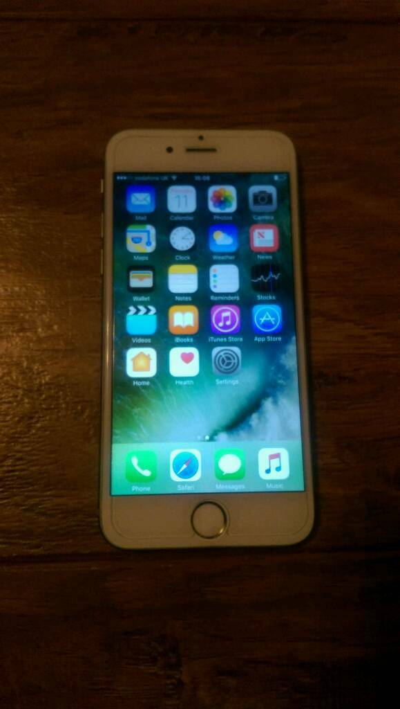 IPhone 6 unlocked 64 GB GOOD CONDITION(Cash on collection no PayPal)