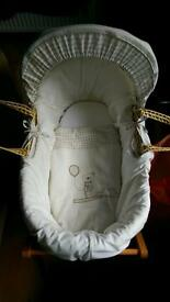 Mana & Papas Moses Basket with Stand