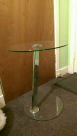 Circle lamp or telephone table