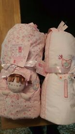 Brand new hugs and kisses girls cot bedding