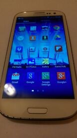 Samsung Galaxy S3 GT-I9300 (UNLOCKED) Smartphone