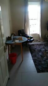 Short term lovely room.