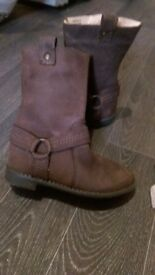 Girls brown suede boots size 9
