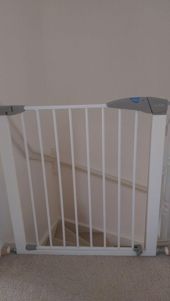 Lindam Safety Gate In Milton Keynes Buckinghamshire