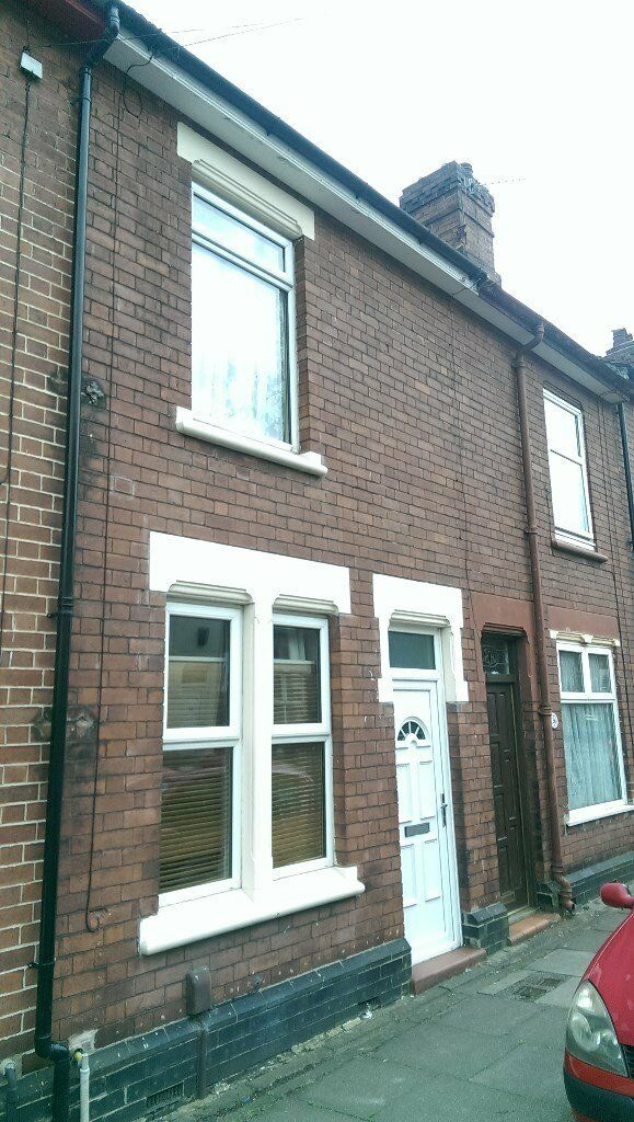 Two bedroomed terrace in Dresden, Longton with large upstairs bathroom