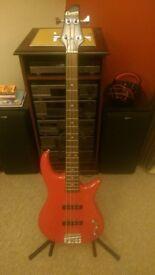 Red Crafter 'Cruiser' 3/4 Bass Guitar