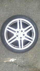 Mercedes Set of 4 Alloy Wheels 255/35/ZR18