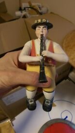 clarinettist figurine from Austria
