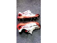 Kookaburra PRO 400 Cricket Spikes - Size UK 8 / 42