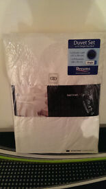 Brand new still packaged Quilt Cover set – Single size