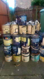 125 tins of Dulux and some Crown matt emulsion paint, ideal for car boot, trader etc