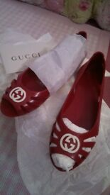 New authentic girls Gucci rubber shoes UK size 12.5