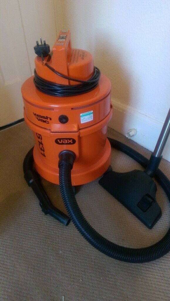 Vax 6131 Wash And Vac Vacuum Cleaner And Washer Hardly