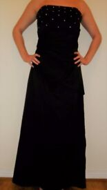 Forever Yours Black Evening/Prom Dress/Shawl. Lined/Boned. Size14/16 Worn Once Ex Con. Dry Cleaned.