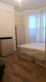 FURNISHED: DOUBLE ROOM: 7/10 MINS WALK TO LEYTON STATION: 2 BATHROOMS: ALL BILLS INC PLUS WIFI