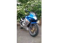 TRIUMPH tt600 2001 Blue & Silver low miles sports bike lowered
