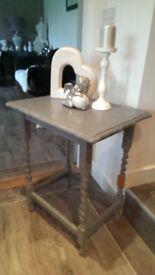 SIDE TABLE WITH BARLEY TWIST LEGS