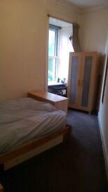 £700 pp pm Room(s) in Edinburgh Flat Perfect for Edinburgh Fringe (August) in Excellent Location