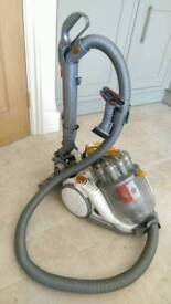 Dyson cylinder vacuum cleaner DC08 Allergy