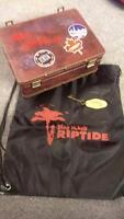 Dead Island Riptide - Suitcase, Hotel Room Key, Backpack
