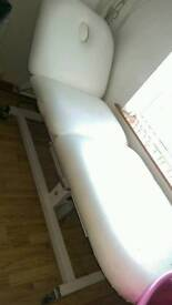 Hydraulic beauty bed REDUCED to £200