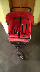 Fantastic condition. Hardly used double pram / buggy with cosytoes and rain cover