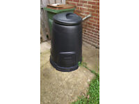 Brand New Compost Bin complete with venting base and lid